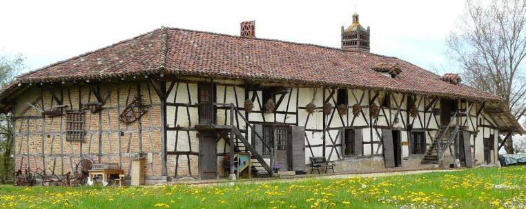 Ferme du Sougey : ancienne ferme de Bresse dans l'Ain